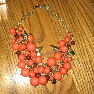 Jewelry - Coral colored bauble necklace